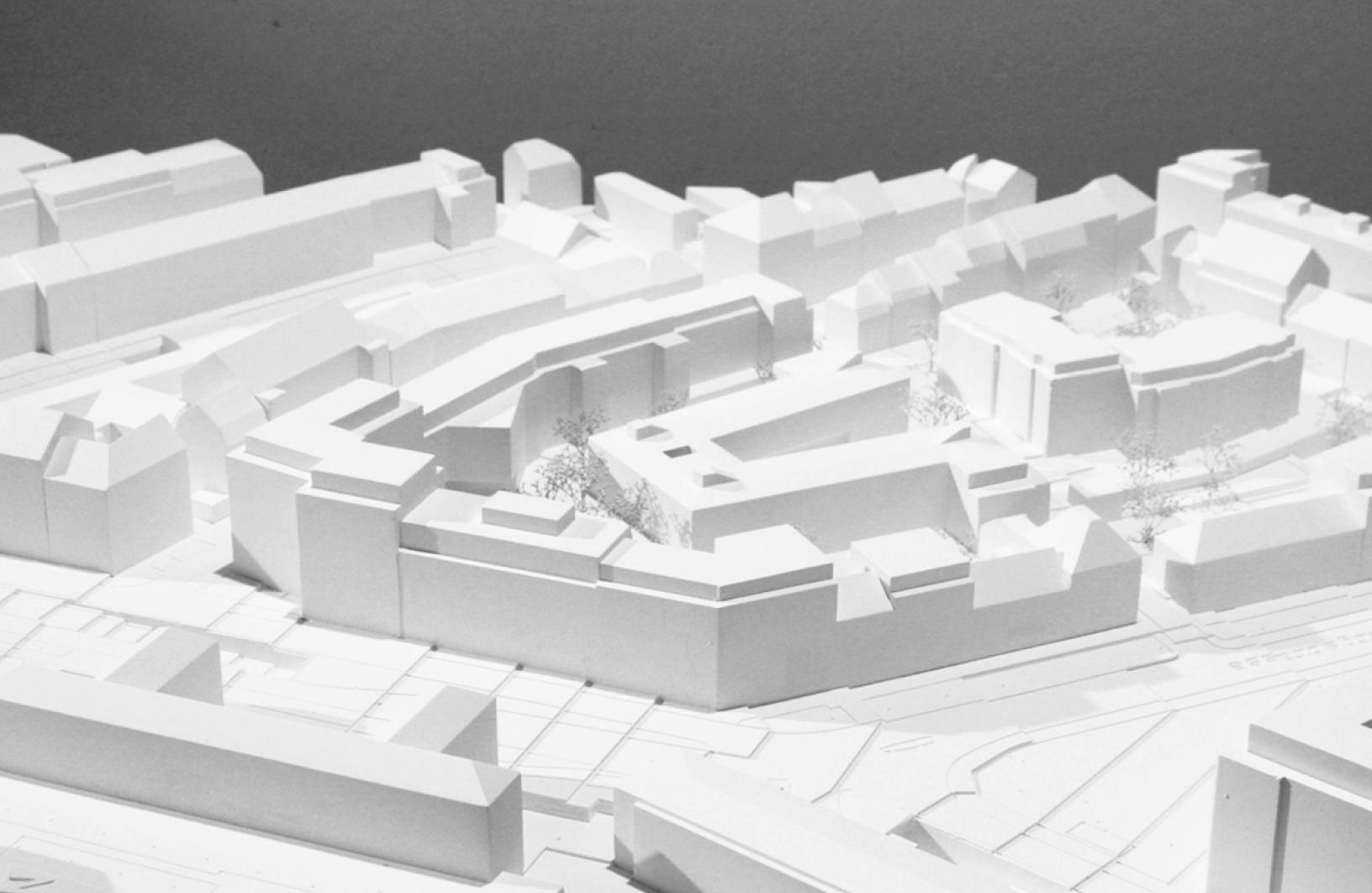 Neubau Wohnüberbauung Maiengasse in Basel, Esch Sintzel Architekten, COUR D'HONNEUR