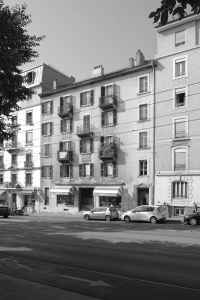 Vue actuelle de l'immeuble d'habitation faisant objet du concours