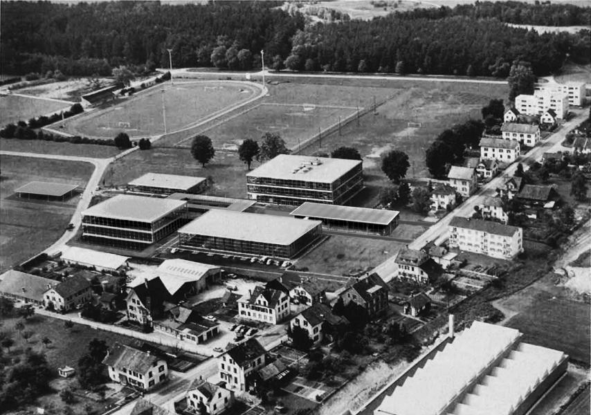 Das Siegerprojekt collagiert im Luftbild von 1969: jessenvollenweider architektur wollen eine Situation schaffen, die schon von Anfang an so hätte gedacht sein können. (Visualisierung: Projektverfasser)